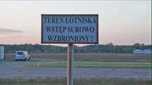 """""""Hałas przekracza normy"""". Mieszkańcy Bielan skarżą się na lotnisko"""