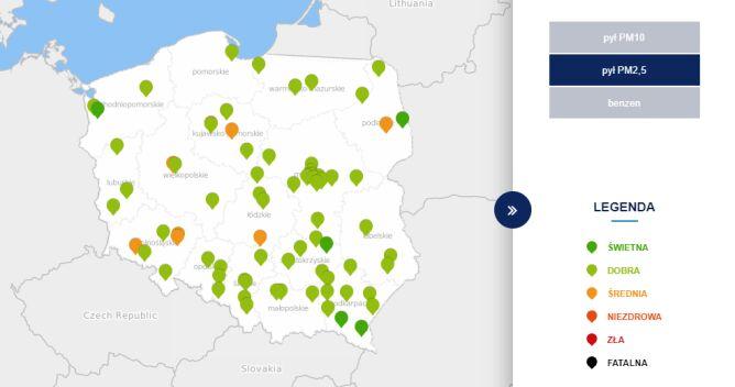 Stężenie pyłu PM2,5 o godzinie 12 (tvnmeteo.pl za GIOŚ)